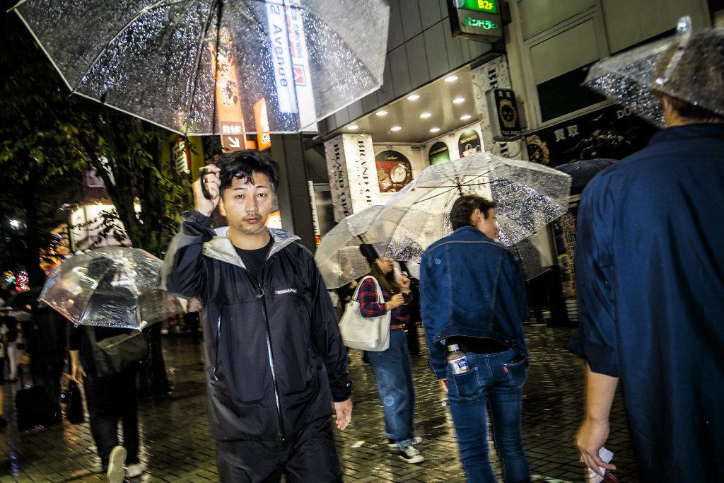 Tokyo-in-Rain-17.jpg